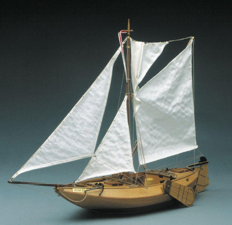 Arm 82 Dutch Fishing Boat Kit - Mantua Models (781)