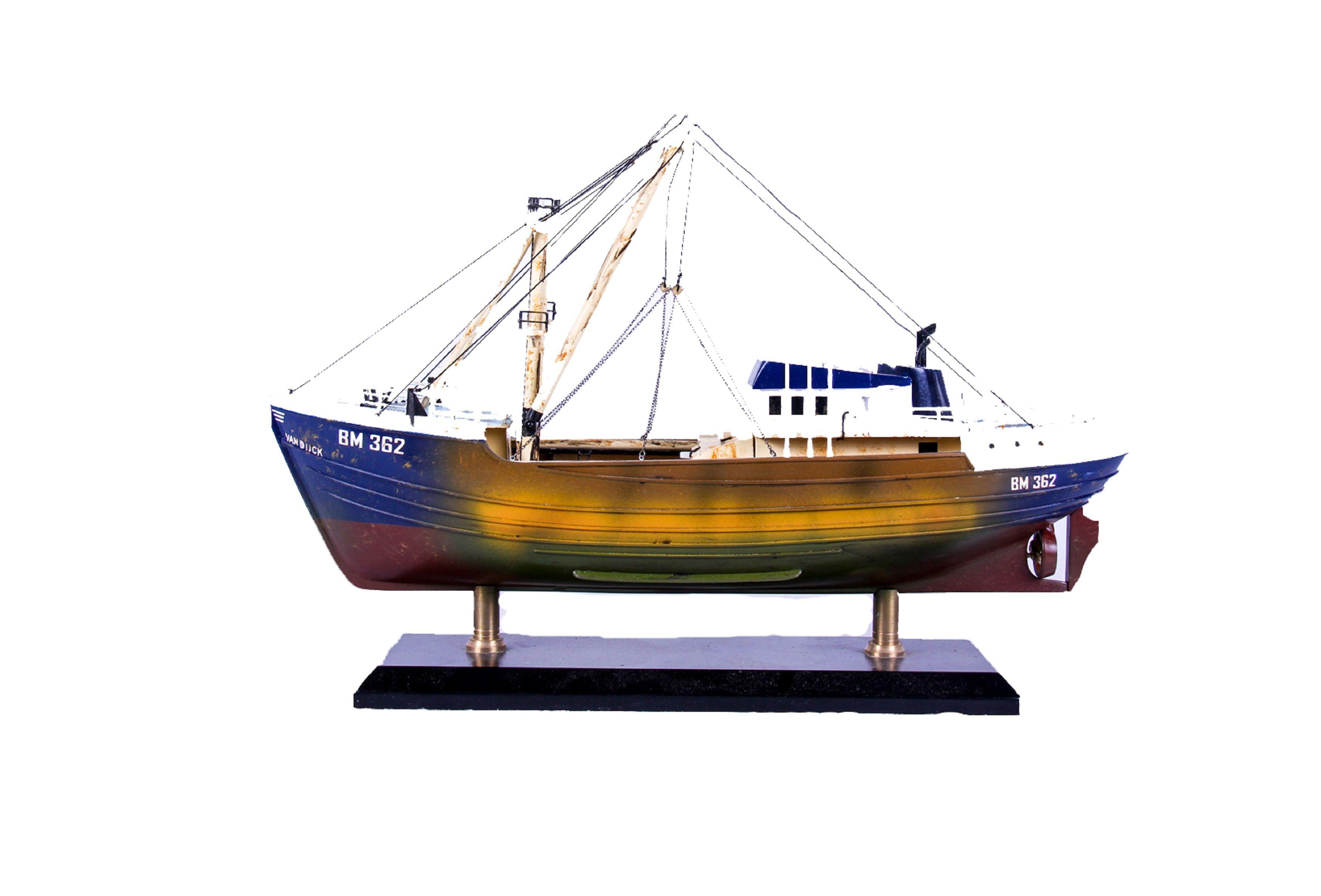 1690-9560-Van-Dijck-Fishing-trawler
