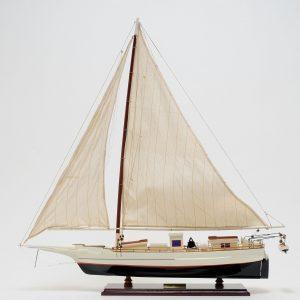2283-13309-Skipjack-Ship-Model