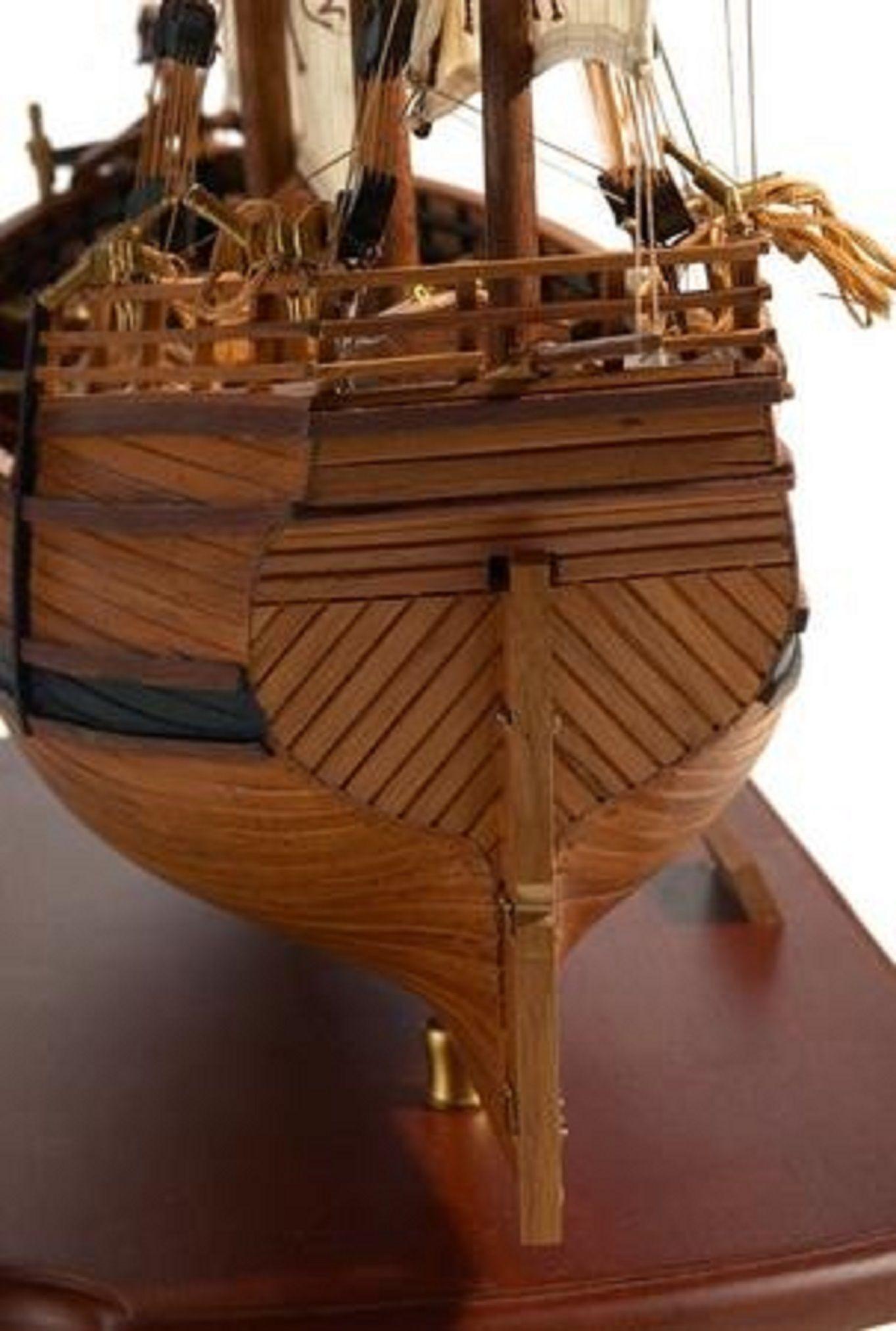 217-7199-Caravel-model-ship-Premier