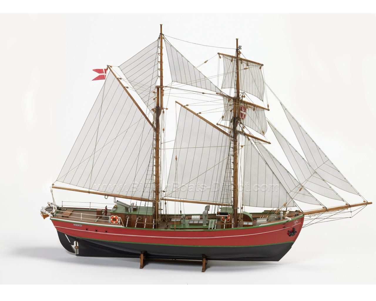 Lilla Dan  Model Boat Kit - Billing Boats (B578)