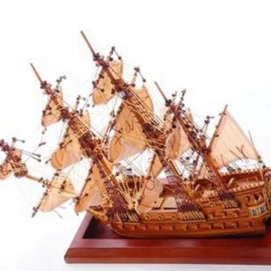 1254-7008-Bristol-Waterline-Model-Ship-Premier-Range