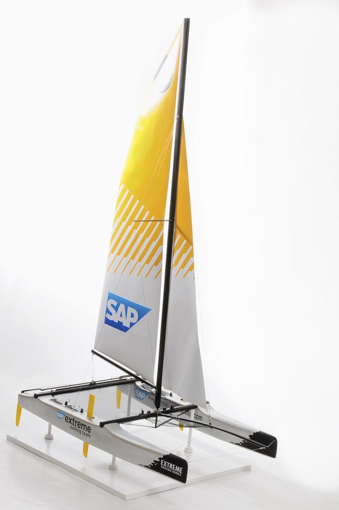 1310-6619-SAP-Catamaran-model-boat