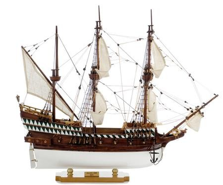 1423-3524-Golden-Hind-Ship-Model-Superior-Range