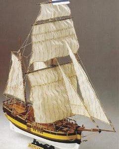 Scotland Baltic Yacht Model Kit - Corel (SM56)