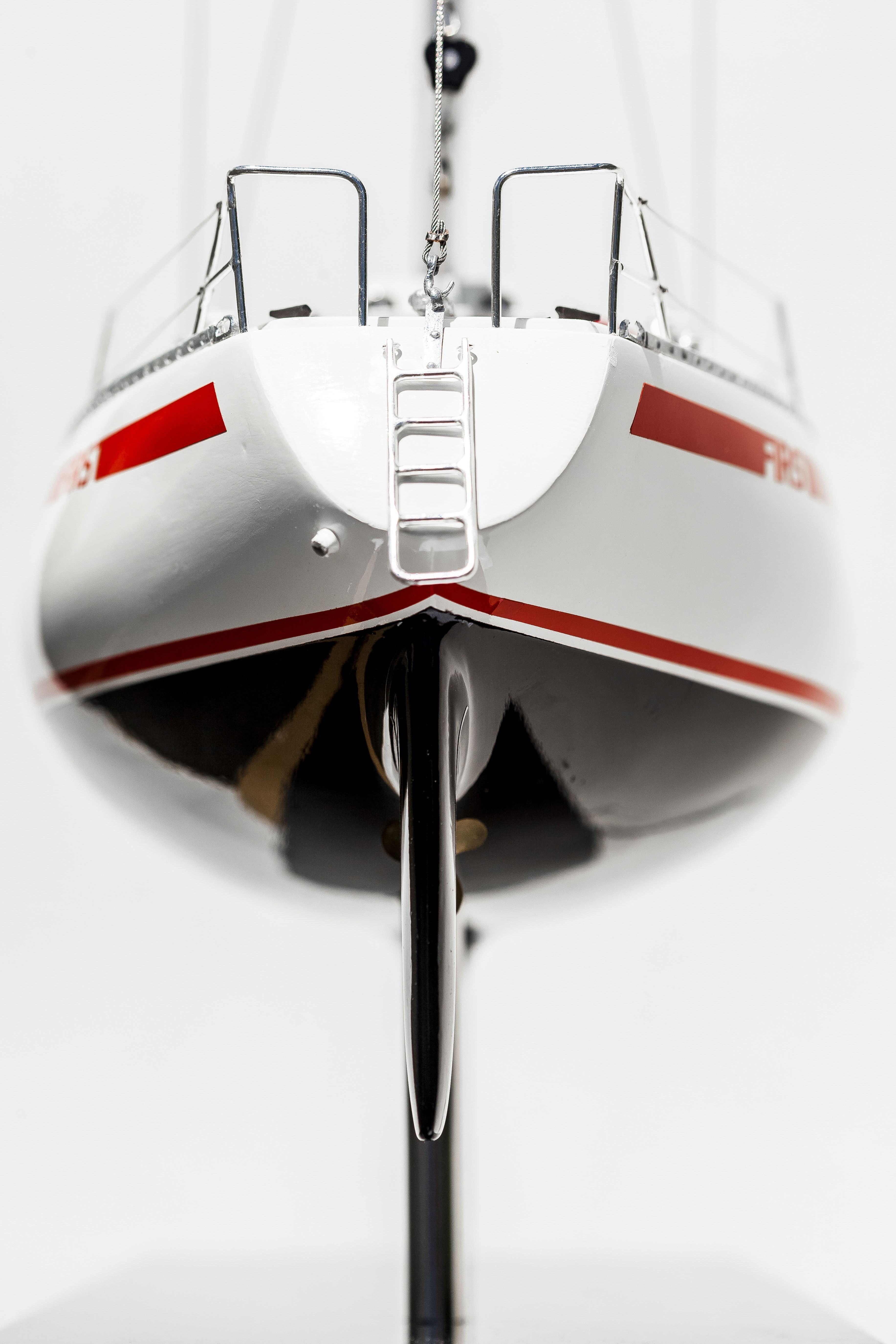 Beneteau First 30 Model Yacht (Superior Range) - HM