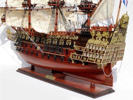 2564-Sovereign-of-the-Seas-Model-Ship-Standard-Range