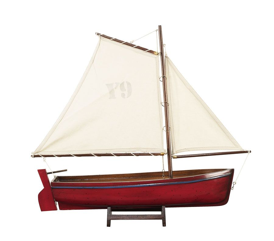 1051-12522-Madeira-Model-Yacht-Standard-Range-Authentic-Models-AS140FAS141FAS142F