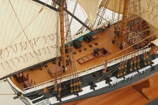 1059-7410-HMS-Trincomalee-Ship-Model-Premier-Range