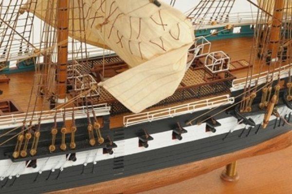 1059-7411-HMS-Trincomalee-Ship-Model-Premier-Range
