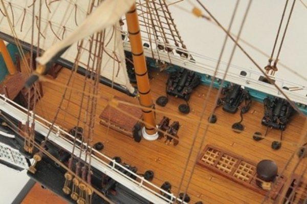 1059-7413-HMS-Trincomalee-Ship-Model-Premier-Range