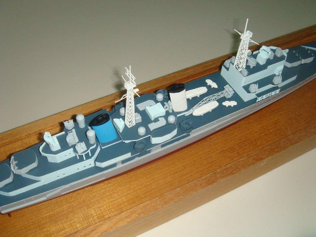 1239-6524-HMS-Belfast-Model-Ship