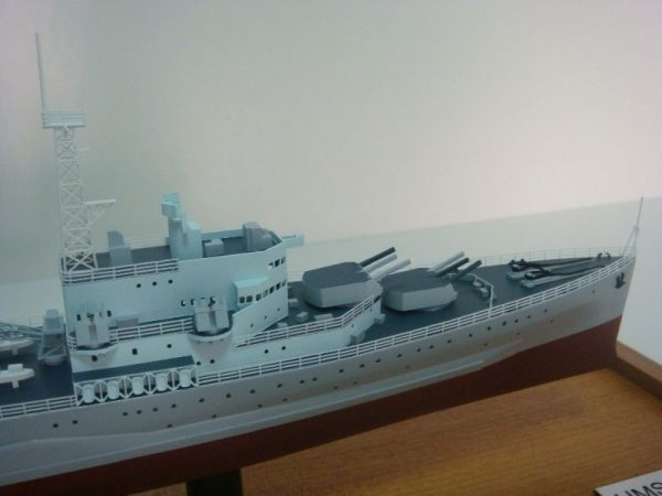 1239-6532-HMS-Belfast-Model-Ship