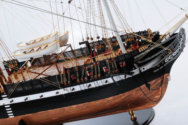 1258-7885-USS-Constitution-Model-Ship-Premier-Range