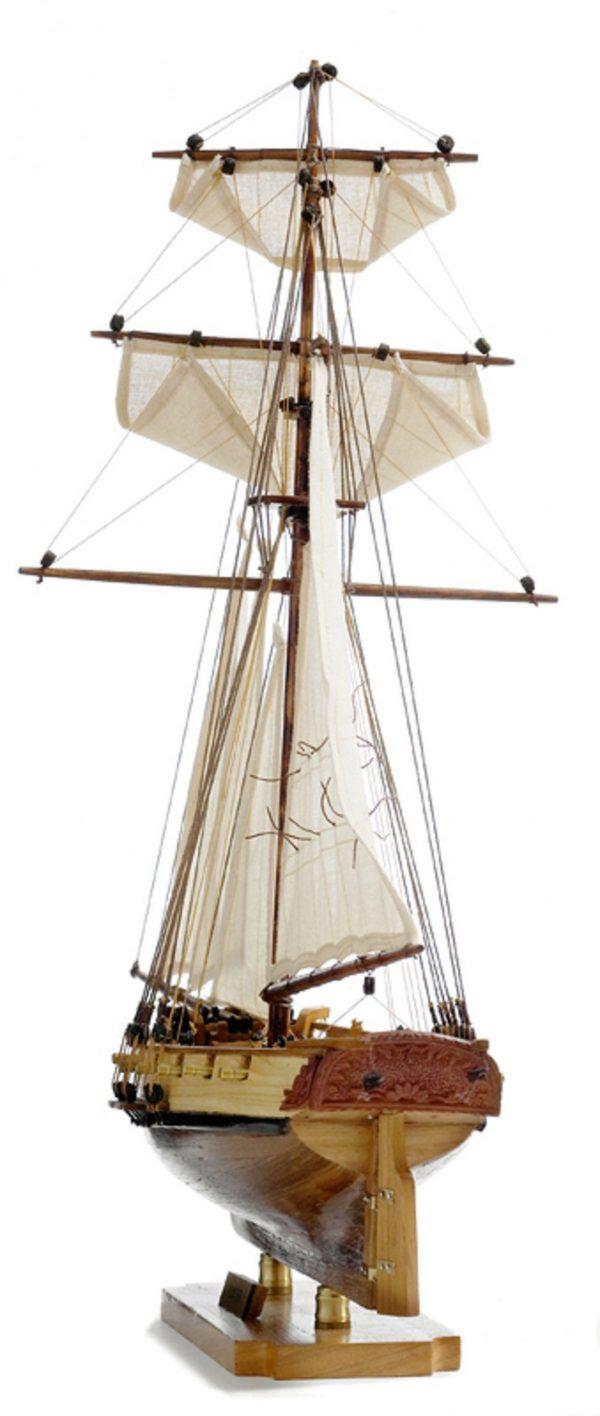 131-8995-HMS-Hunter-Model-Boat-Superior-Range