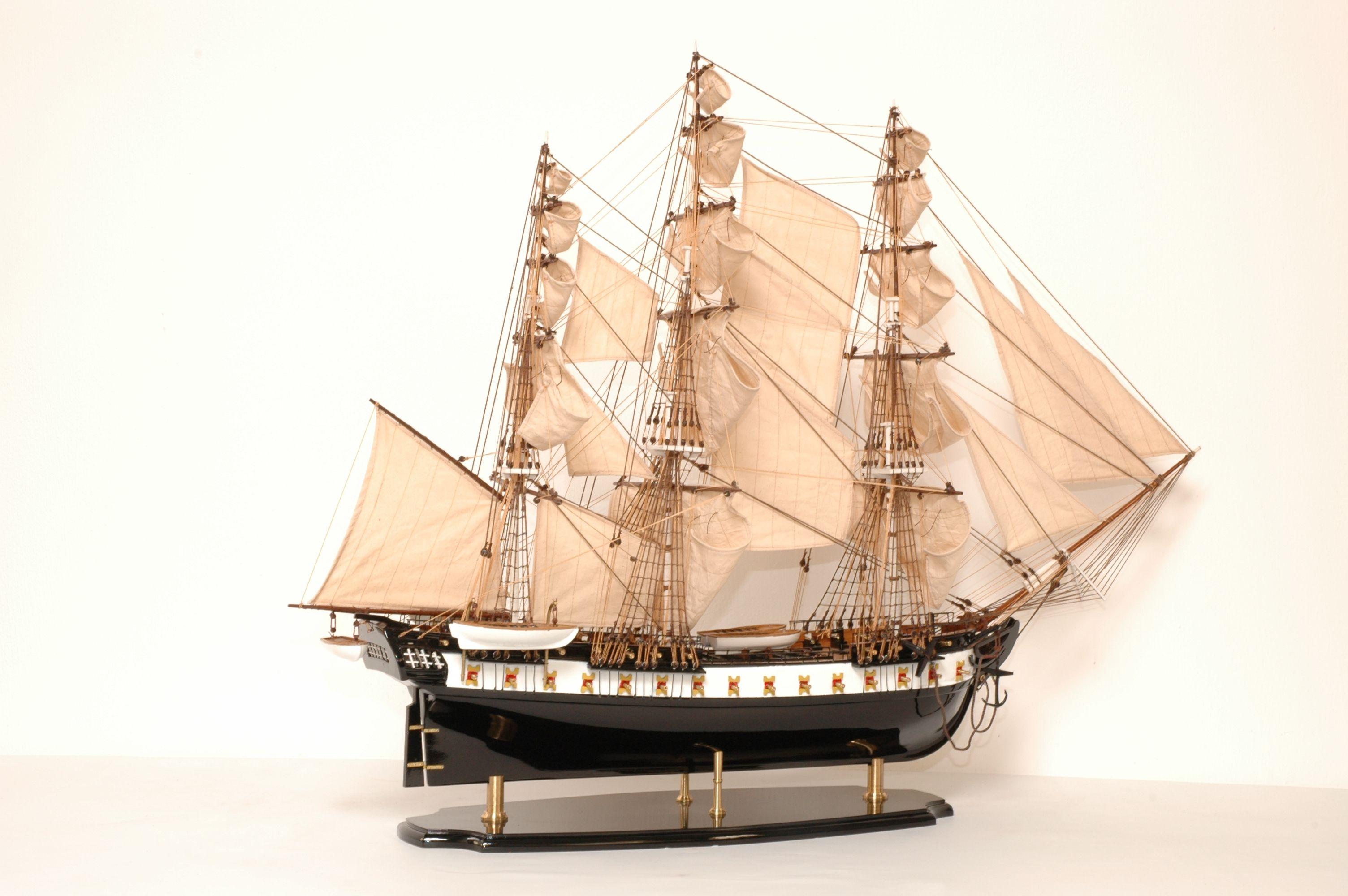 141-8177-USS-Constitution-Model-Ship-Superior-Range