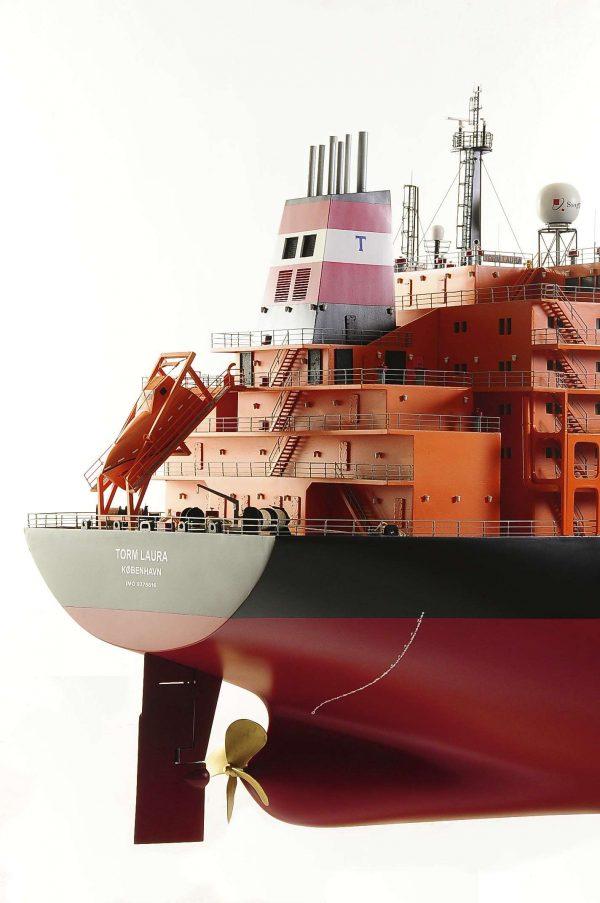 1426-4761-Oil-Tanker-Model-Ship