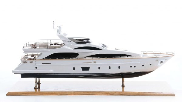 Antonia II Model Yacht