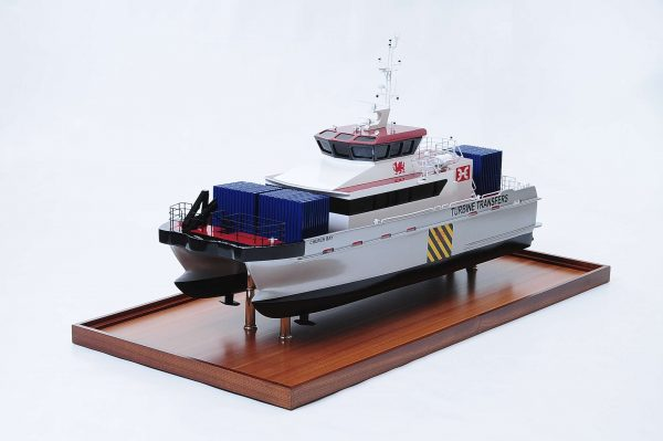 1439-4924-Turbine-Transfer-Catamaran-Model