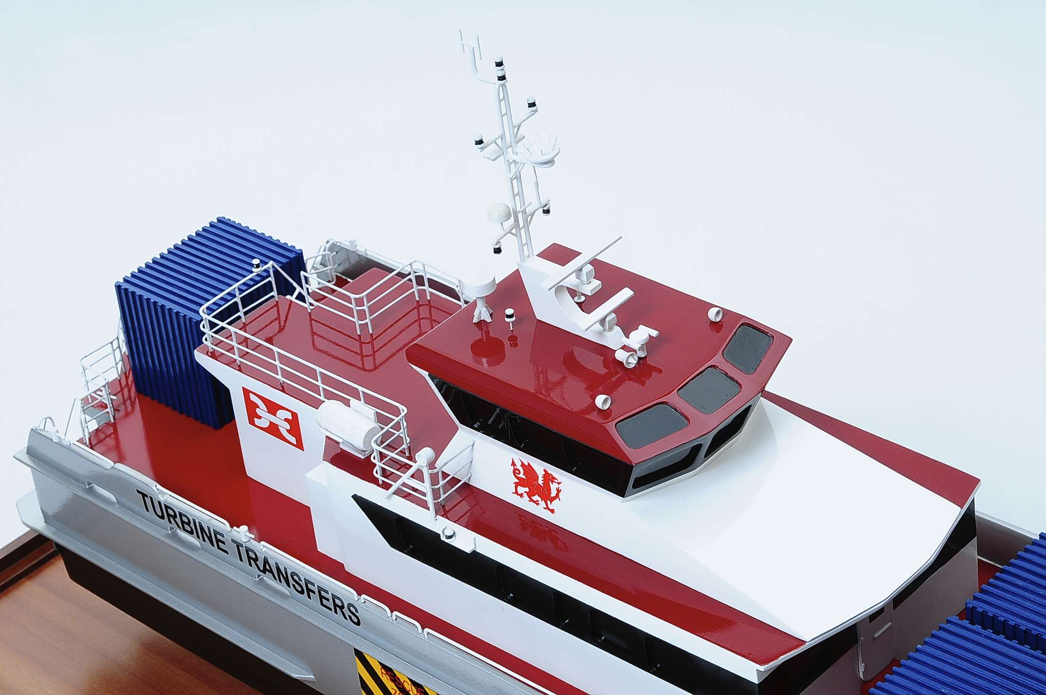 1439-4932-Turbine-Transfer-Catamaran-Model