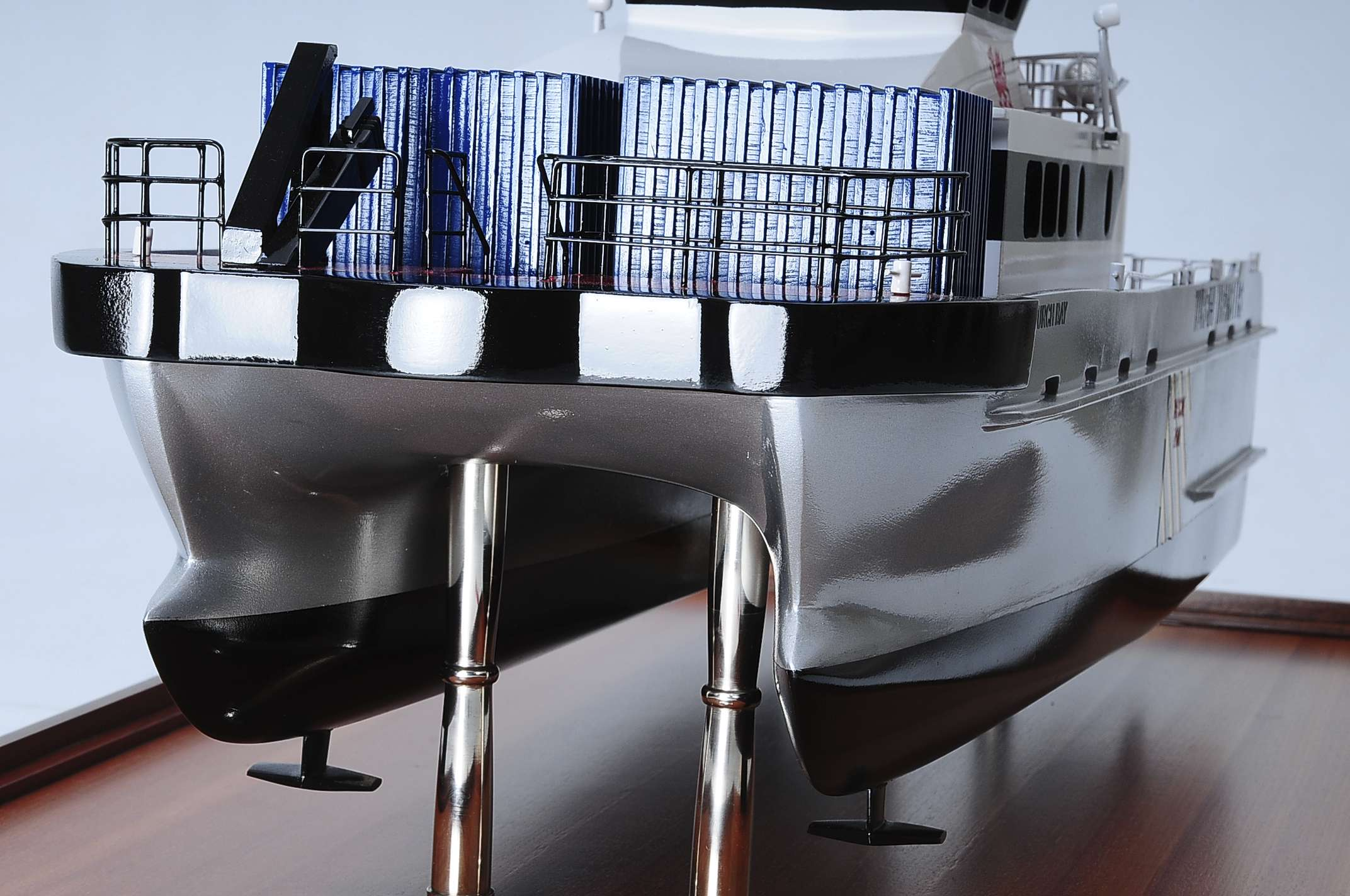 1439-4941-Turbine-Transfer-Catamaran-Model
