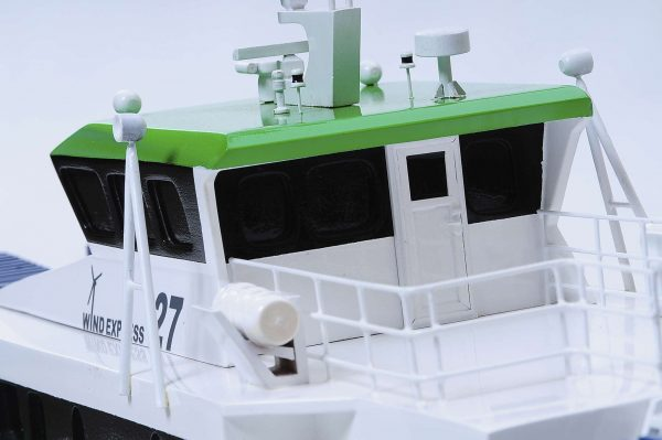 1440-4961-Wind-Express-27-Catamaran-Model