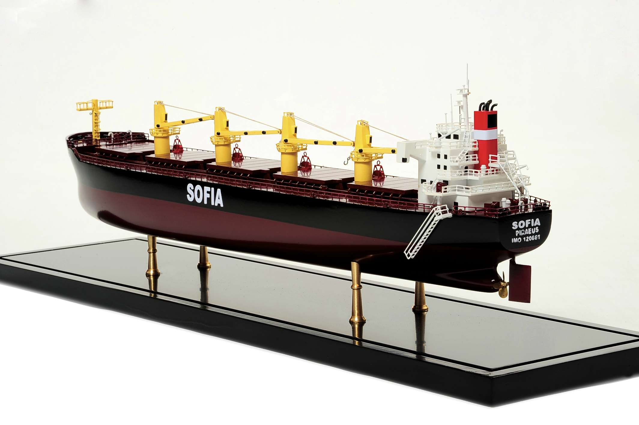 1450-4499-Bulk-Carrier-3-Model-Ship