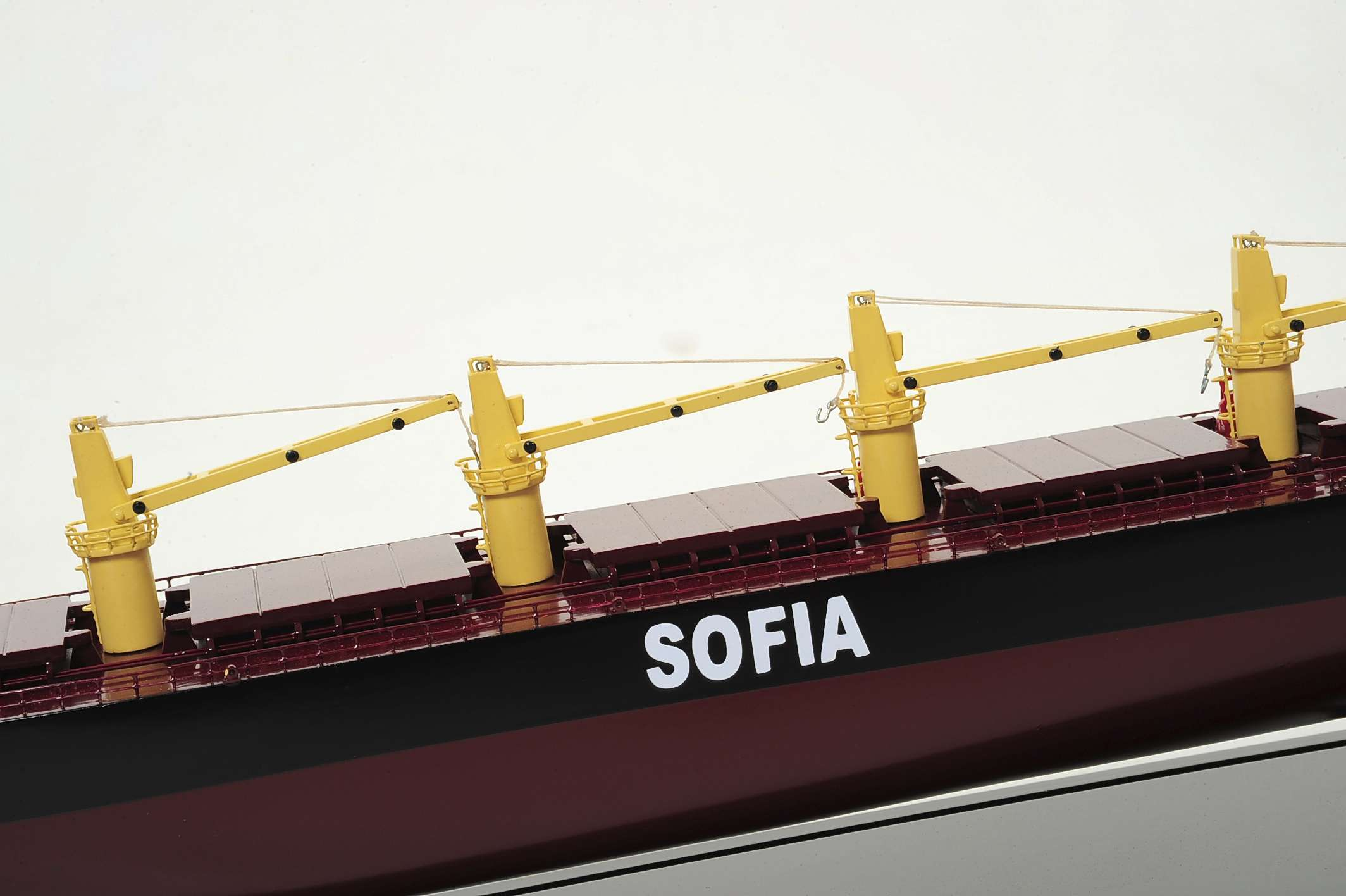 1450-4512-Bulk-Carrier-3-Model-Ship