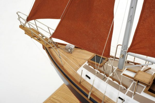 1483-6472-Wight-Steel-Sailing-Yacht