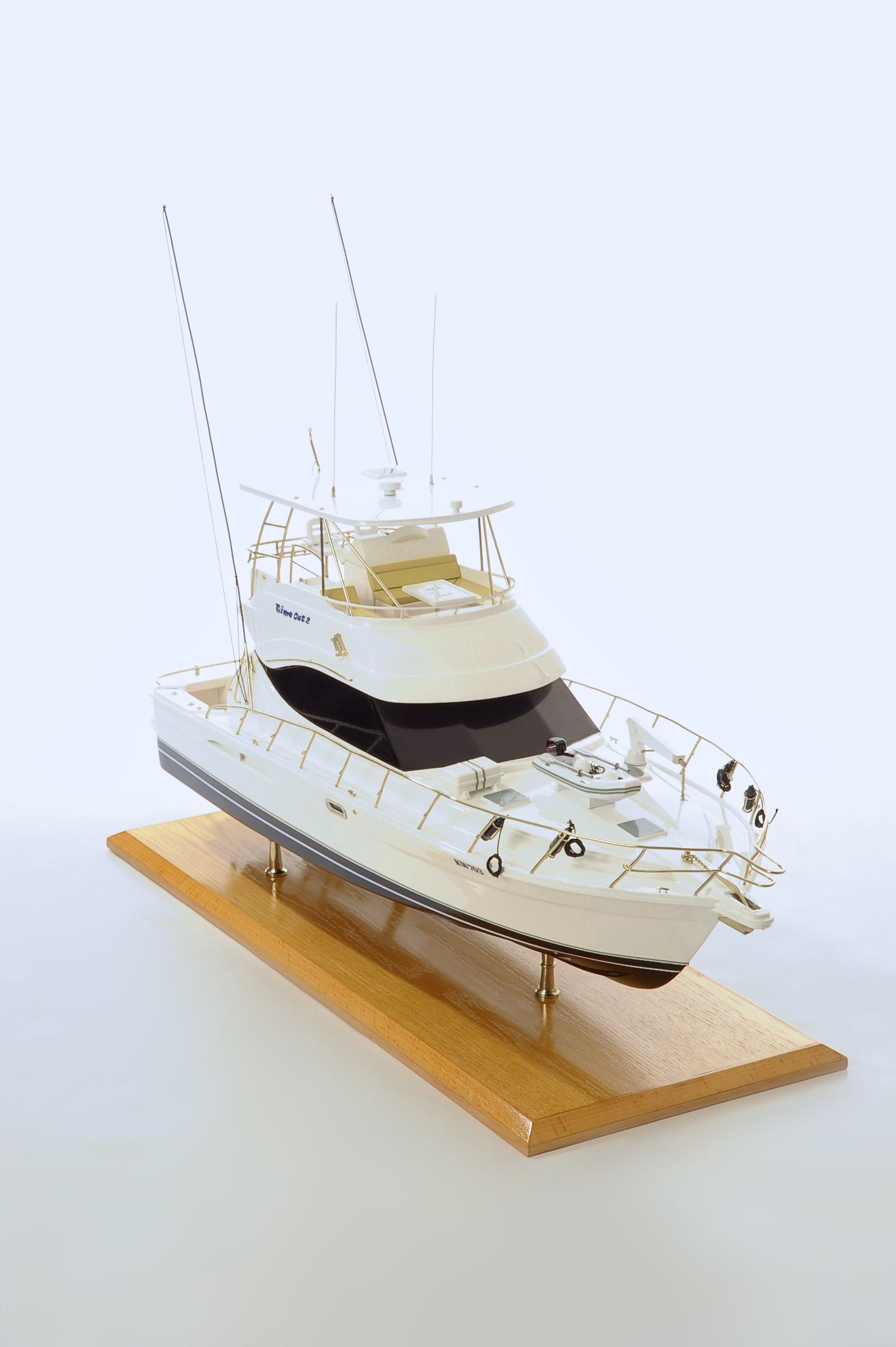 1517-8950-Rivera-45-Model-Boat-Time-Out-2