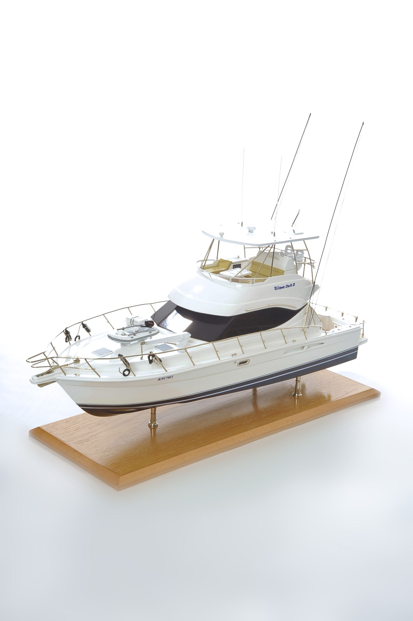 1517-8951-Rivera-45-Model-Boat-Time-Out-2