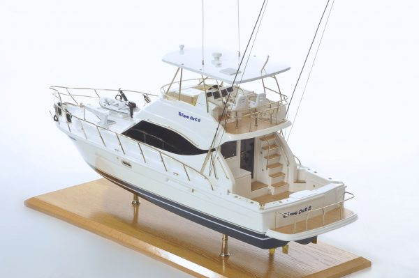 1517-8953-Rivera-45-Model-Boat-Time-Out-2