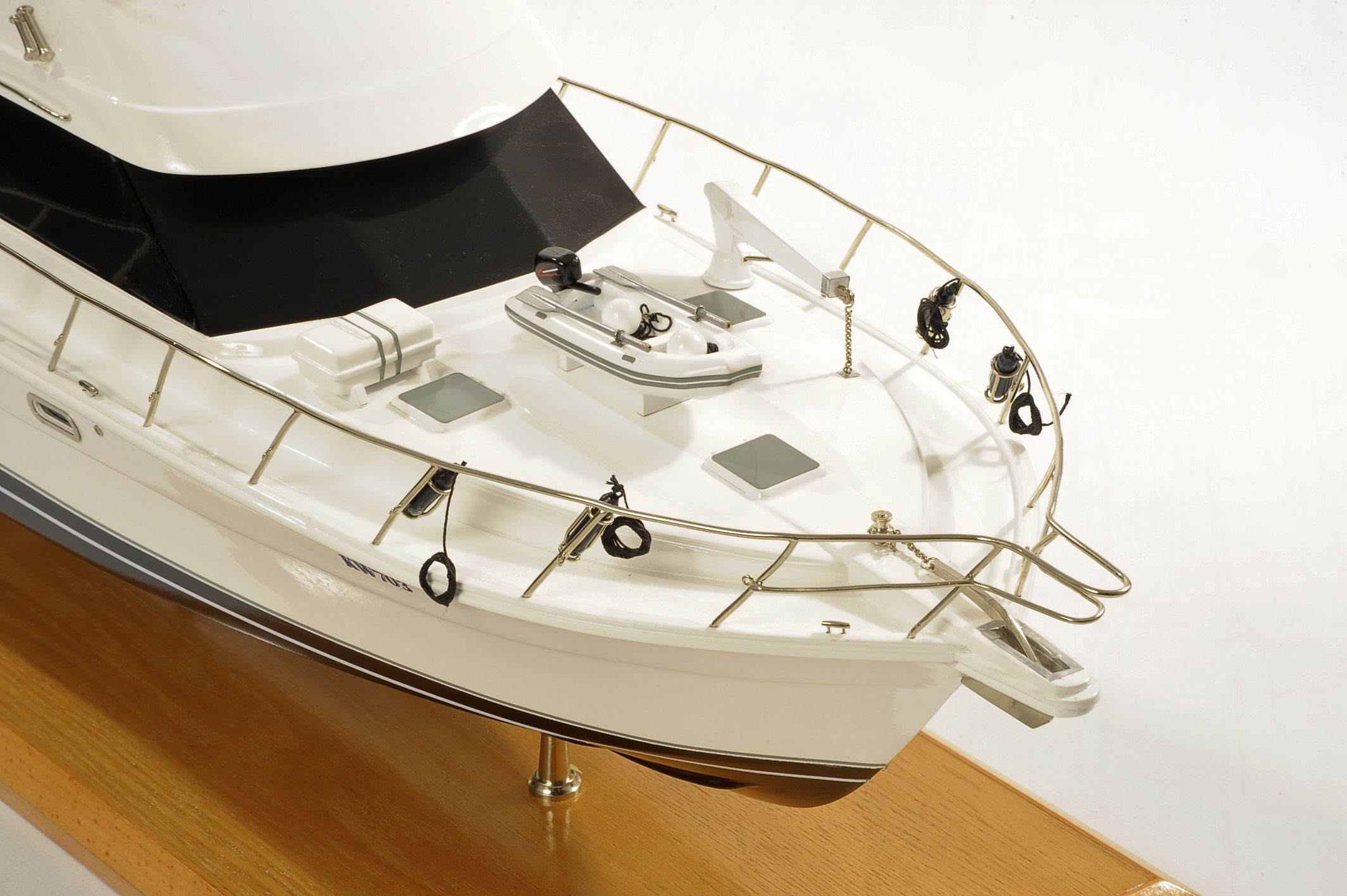 1517-8955-Rivera-45-Model-Boat-Time-Out-2