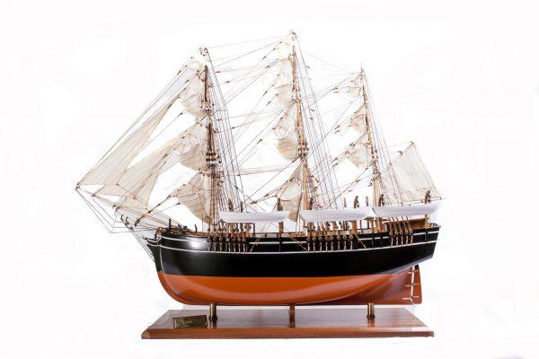 1523-9077-Pequod-Whaler