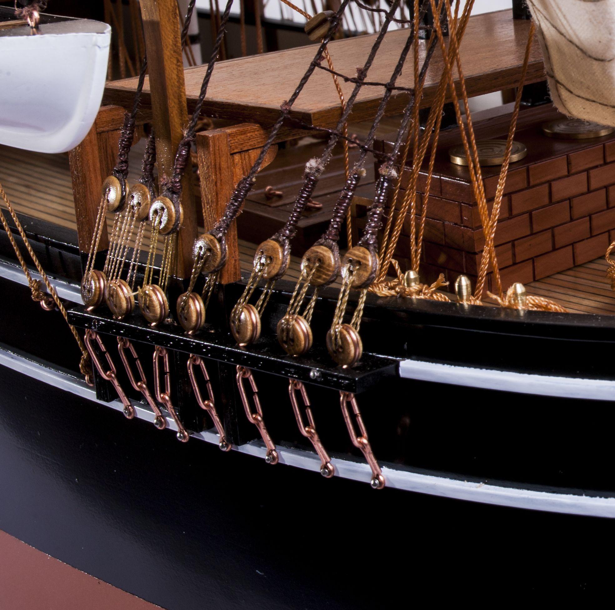 1523-9086-Pequod-Whaler