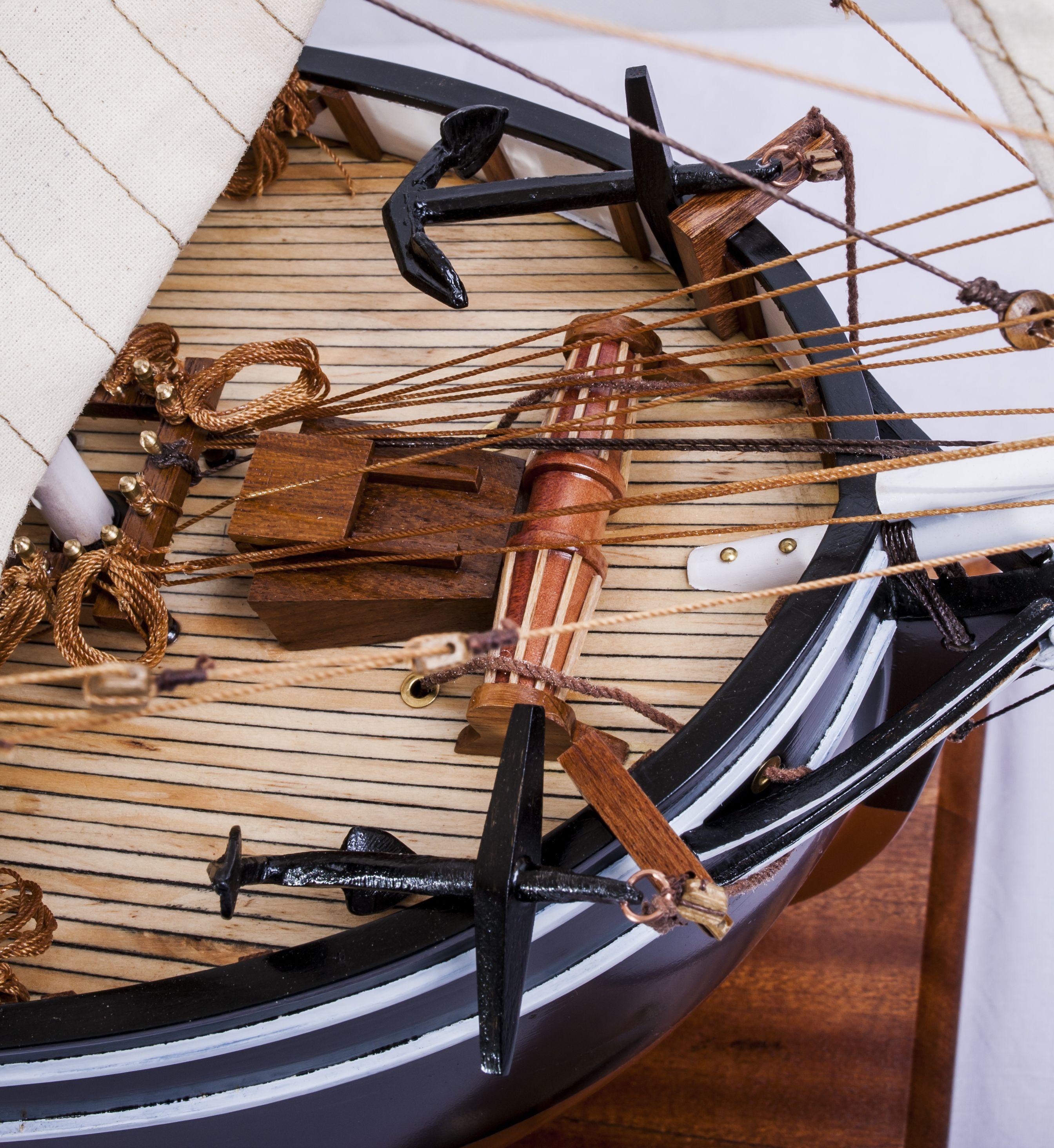 1523-9090-Pequod-Whaler