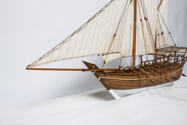 1528-9178-Shu-ai-Dhow-Model-Boat