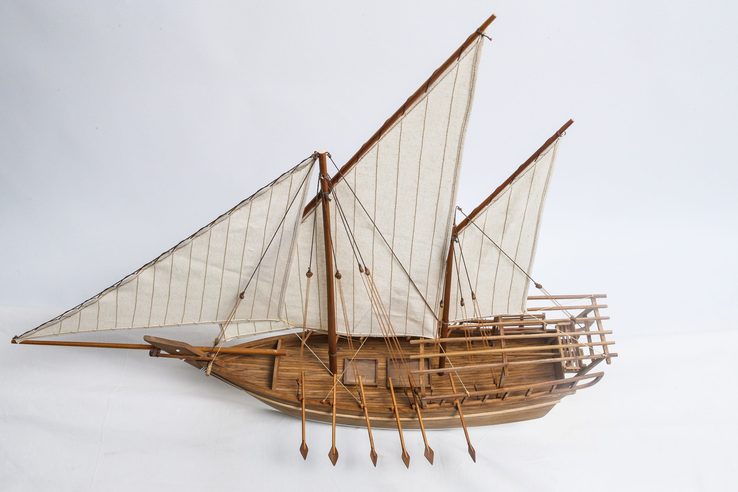 1528-9183-Shu-ai-Dhow-Model-Boat