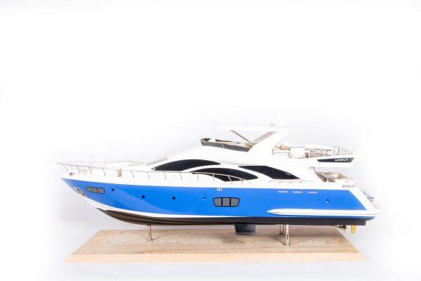 1665-9352-Azimut-95-Model-Yacht