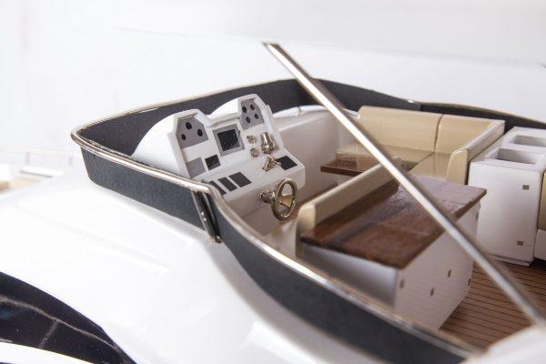 1665-9358-Azimut-95-Model-Yacht