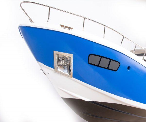 1665-9360-Azimut-95-Model-Yacht