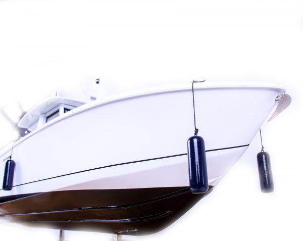 1686-9516-Boston-Whaler-Outrage-370-Model-Boat