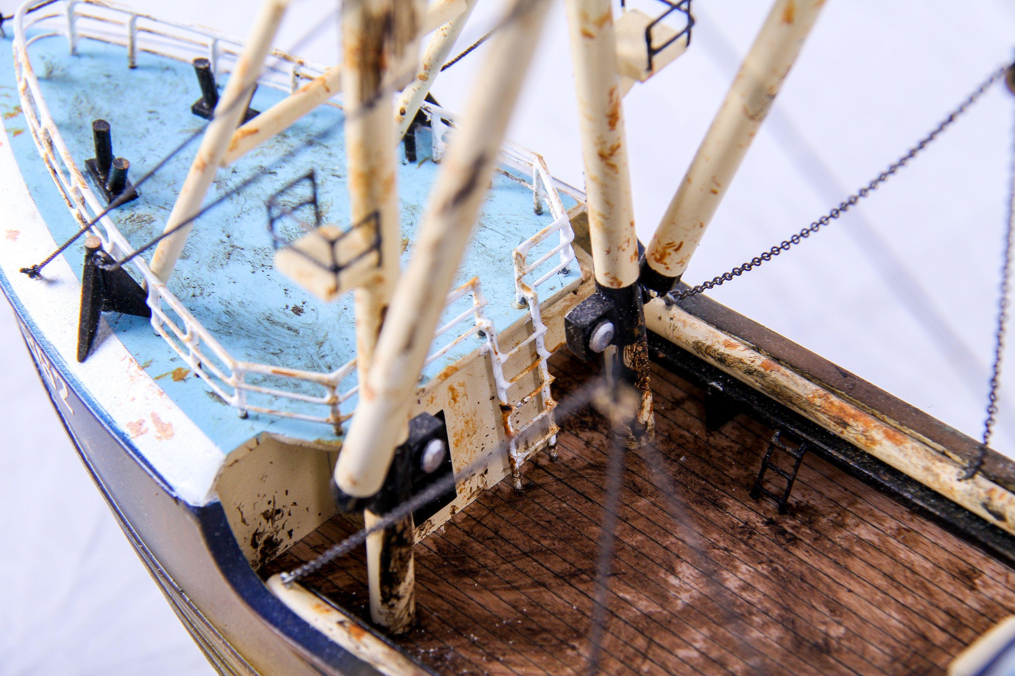 1690-9561-Van-Dijck-Fishing-trawler