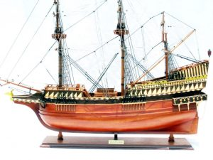 1788-13537-Golden-Hind-Model-Ship-Standard-Range