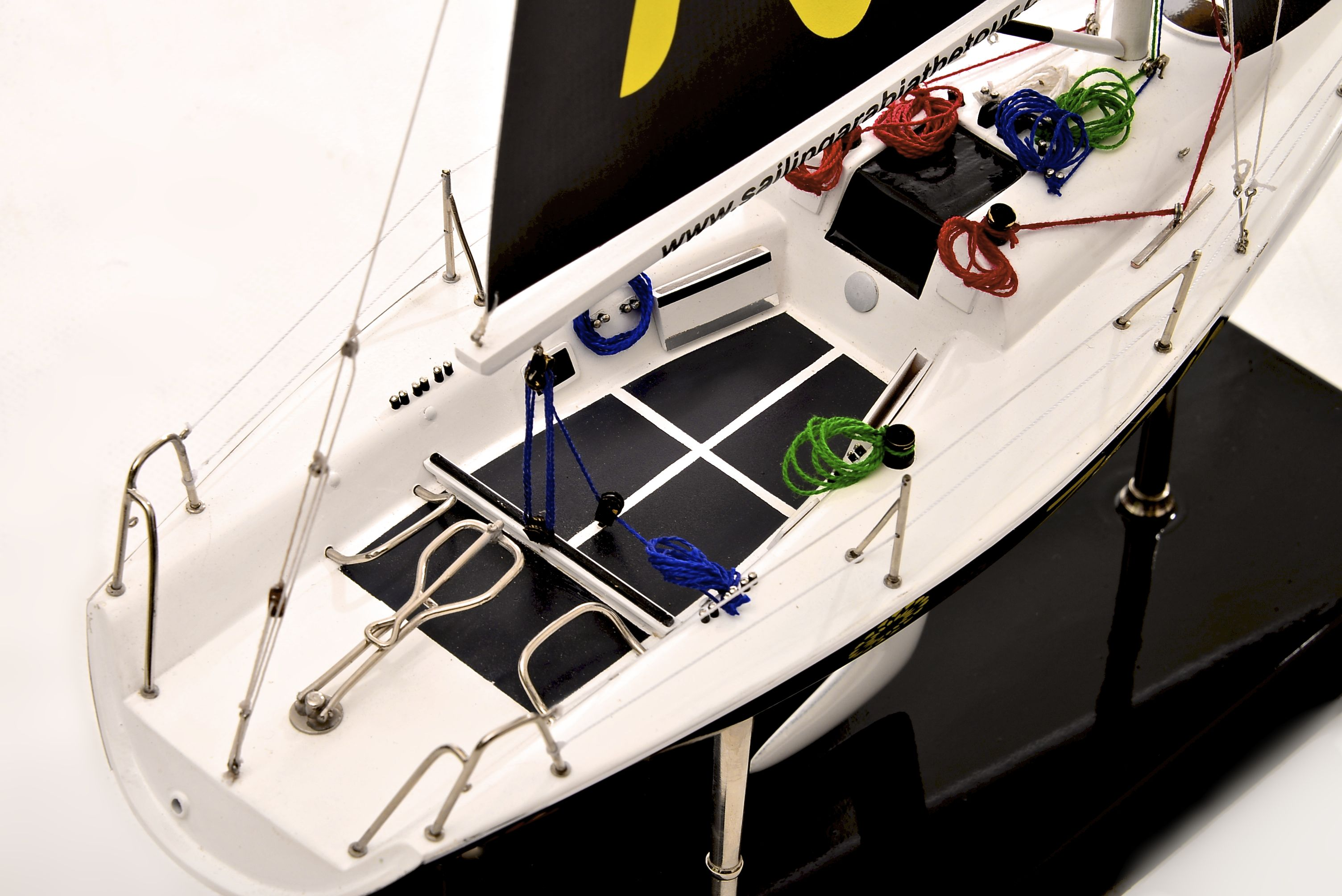 1801-10536-Farr-Racing-Yacht-Custom-Model