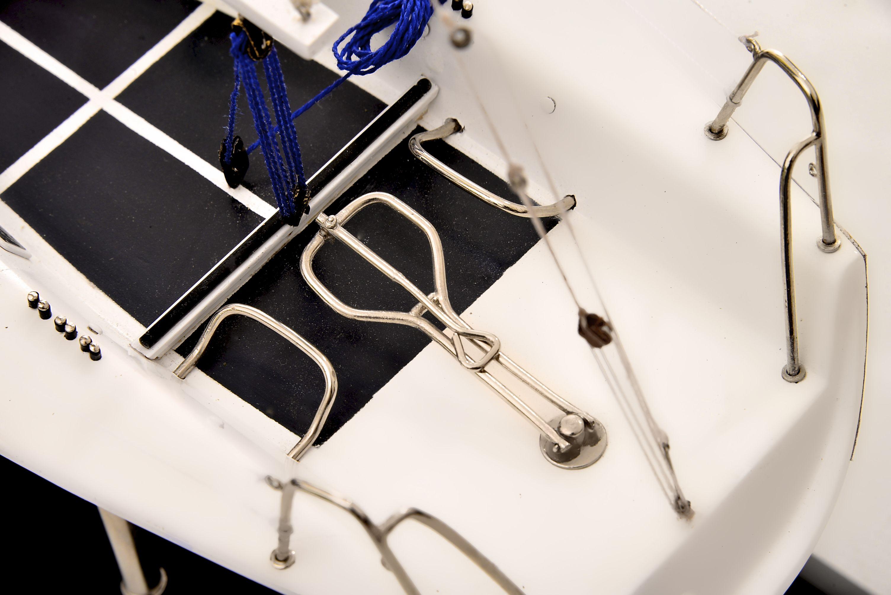 1801-10538-Farr-Racing-Yacht-Custom-Model