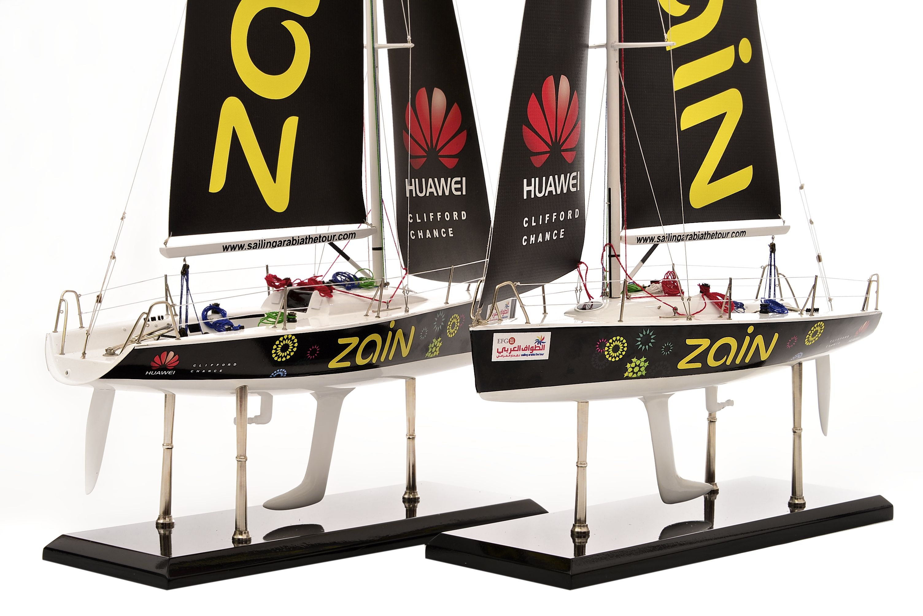 1801-10546-Farr-Racing-Yacht-Custom-Model