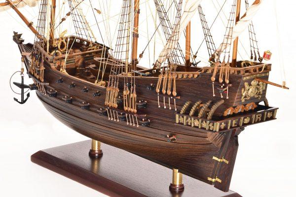 1803-10772-Hms-Revenge-Model-Ship