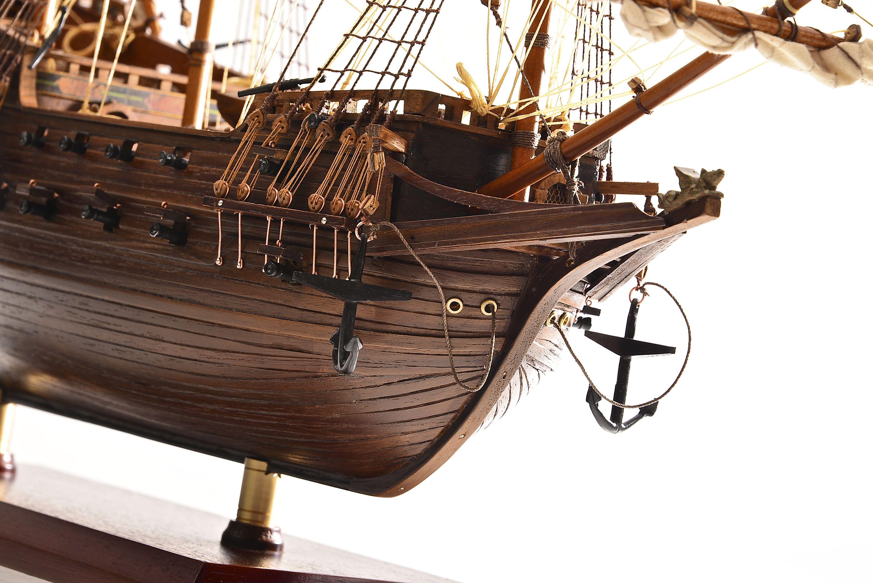 1803-10773-Hms-Revenge-Model-Ship
