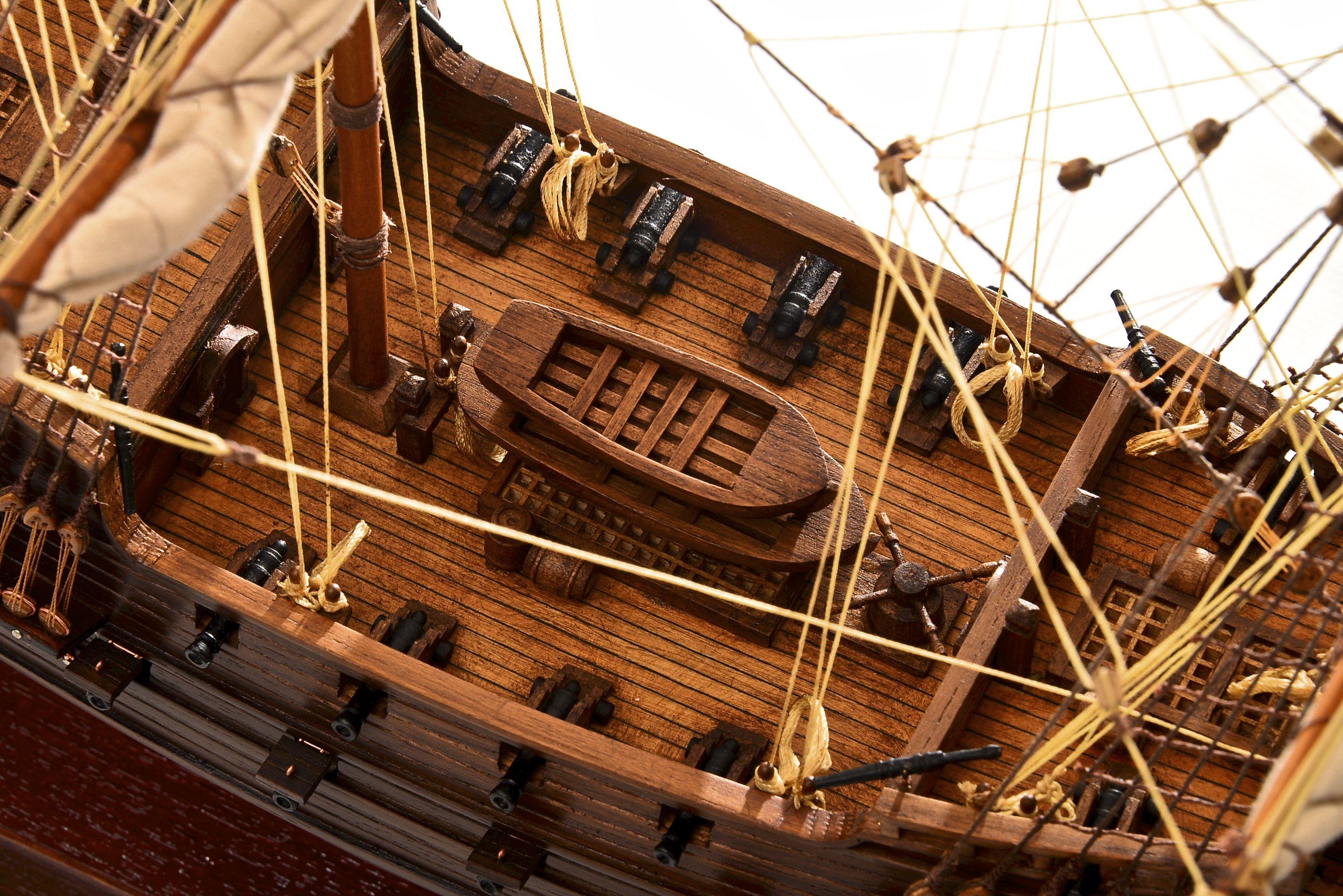 1803-10780-Hms-Revenge-Model-Ship